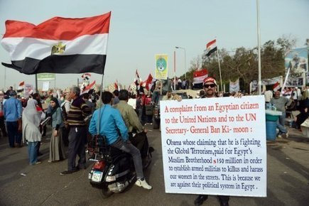 Egypte: heurts entre manifestants et islamistes en banlieue du Caire | Égypt-actus | Scoop.it