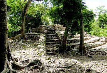 Oxtankah Mayan Ruins located near Chetumal | La antigua civilización Maya | Scoop.it