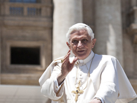 Pope reflects on the power of love :: EWTN News | ArchIndy Catholic Identity | Scoop.it