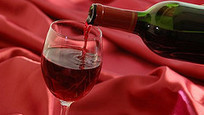 Vineyards go social with crowdsourced wine | SmartBlogs | Quirky wine & spirit articles from VINGLISH | Scoop.it