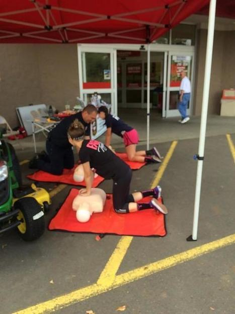 """Mcminnville FD sur Twitter : """"Takes 10 minutes to save a life. Hands only CPR , taught by Mac Fire http://t.co/JDVQWpUDnK""""   Life-saving tools   Scoop.it"""