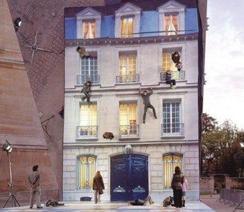Feel like hanging off a trellis today? | Paris Je T'aime | Scoop.it