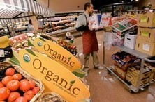 Would Americans Be Better Off Eating a Mostly Organic Diet? - Wall Street Journal | Food & Nutrition | Scoop.it