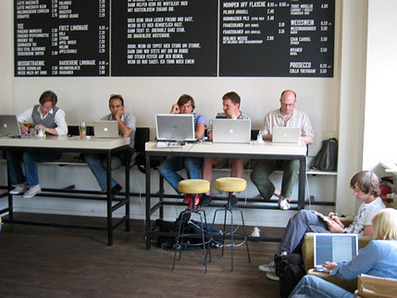 Home Office, Coffee Shop, or Coworking Space? A comparison. ::: Deskmag - The Coworking Magazine | Coworking discovered | Scoop.it