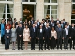 Un gouvernement Ayrault aux racines internationales | GenealoNet | Scoop.it