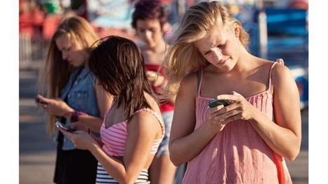 Comunicación electrónica y relaciones adolescentes: Una actualización de las investigaciones existentes/  Kaveri Subrahmanyam, Patricia M. Greenfield, Minas Michikyan | Comunicación en la era digital | Scoop.it