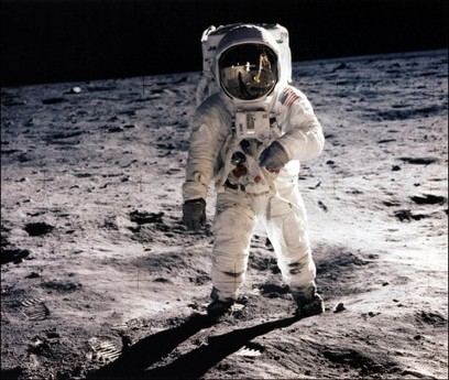 With Trump, Gingrich and GOP calling the shots, NASA may go back to the moon | New Space | Scoop.it