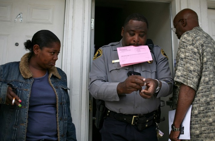 Study: Eviction Rates for Black Women on Par With Incarcerations for Black Men | Herstory | Scoop.it