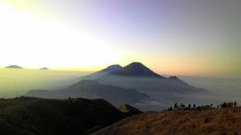 Ingin Mendaki Gunung? Inilah 3 Gunung di Jawa Untuk Pemula | KONTES SEO TERBARU | Scoop.it