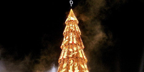 LOOK: Craziest Christmas Trees From Around The World | Strange days indeed... | Scoop.it