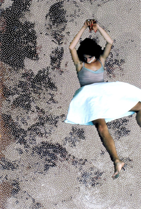 Sissi Farassat Behind, I   Le Journal de la Photographie   Photography Now   Scoop.it