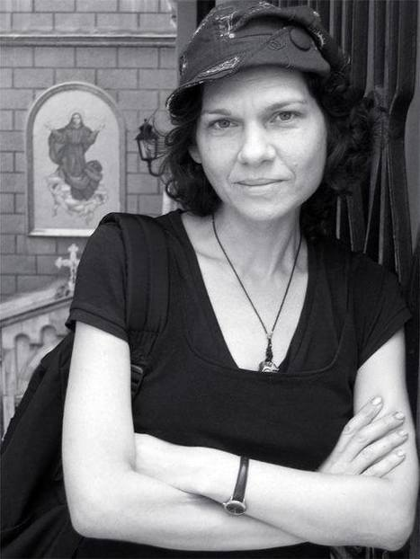 "Arrestation d'Asli Erdogan en Turquie : poursuivre ""la mobilisation internationale"" 