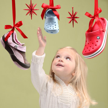 Mom's Fat Purse: Crocs Shoes for the Whole Family from just $9.99 | Football | Scoop.it