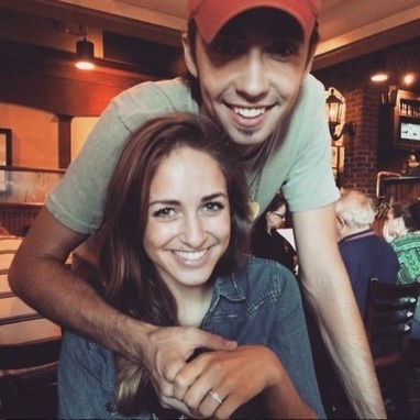 Mo Pitney Gets Engaged   Country Music Today   Scoop.it