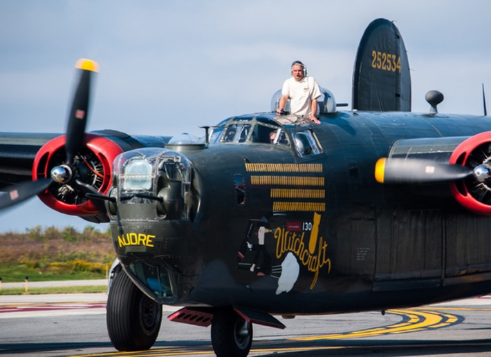Vintage WWII Fighter Planes Have Arrived At This Fort Lauderdale Airport | World War 2 Herald | Scoop.it