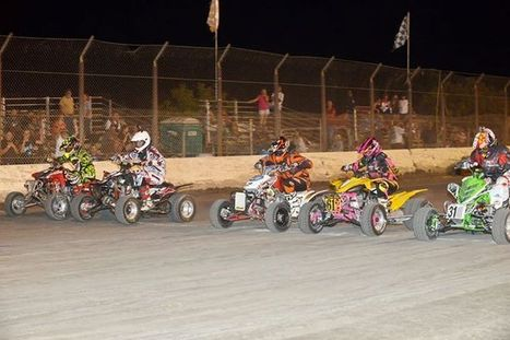 Quad Riders We Love You!   Here's a shot off the starting line for the Pro Quad...   California Flat Track Association (CFTA)   Scoop.it