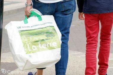 Sacs plastique à usage unique : les 5 infos pour comprendre l'interdiction | commerce et conso à suivre | Scoop.it