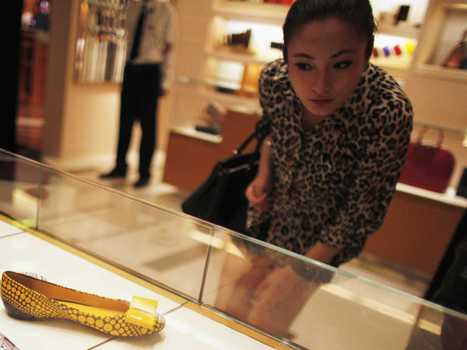 Luxury Goods In China Have Lost Their Luster | Fashion Luxury and e commerce | Scoop.it