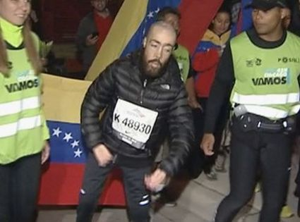 Disabled Man Who Finished Chicago Marathon in 17 Hours Gives Best Advice You'll Ever Hear (VIDEO) | Troy West's Radio Show Prep | Scoop.it
