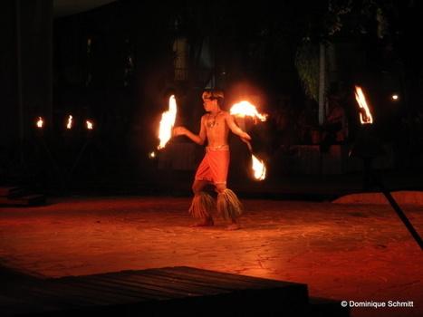 Tauarii Ani, 14 ans, sacré champion polynésien de la danse du couteau de feu ! | Tahiti Infos | Kiosque du monde : Océanie | Scoop.it
