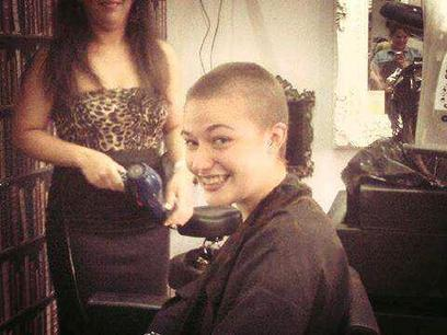 Twitter / TheGilhamGirl: @JessieJ would be amazing if ... | Alopecia And Hair Donation | Scoop.it