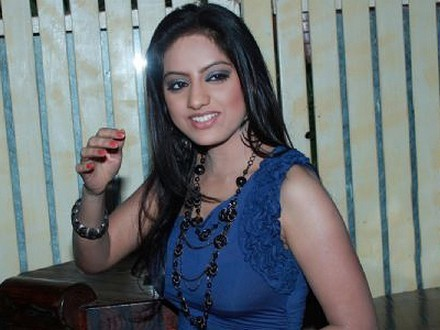 Deepika Singh Height, Weight, Bra, Bio, Figure Size | HeightBra.Com | BollyWood Gossips | Scoop.it