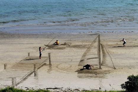 Artists TRANSFORM Beach Sand Into Trippy Optical Illusions   Design et graphisme   Scoop.it