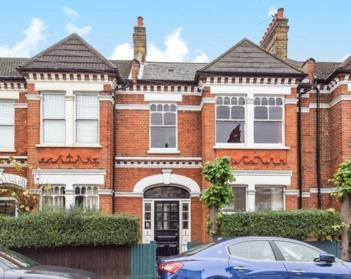 Foreign buyers avoid tax with buy-to-let loophole | Property, Mortgages & Insurance | Scoop.it