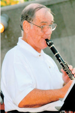 Jim Walker was a gifted player, great teacher - Herald & Review | Clarinet Reeder | Scoop.it