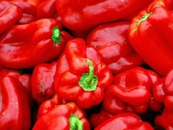 32 Companion plants to grow with your peppers : TreeHugger | Garden, landscape, plants, flowers | Scoop.it