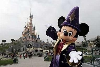 Walt Disney ties up with Shanghai Media Group to make movies | EU says door remains open to Ukraine, reassures Russia | Scoop.it