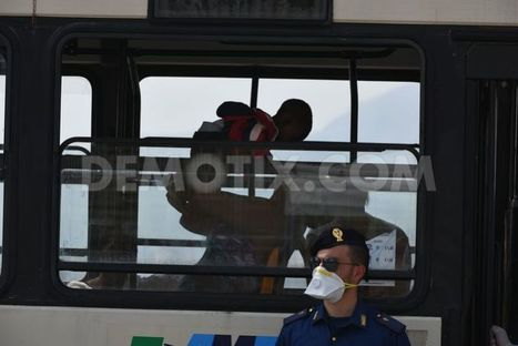 717 rescued migrants arrive in Palermo | lucioganci | Scoop.it