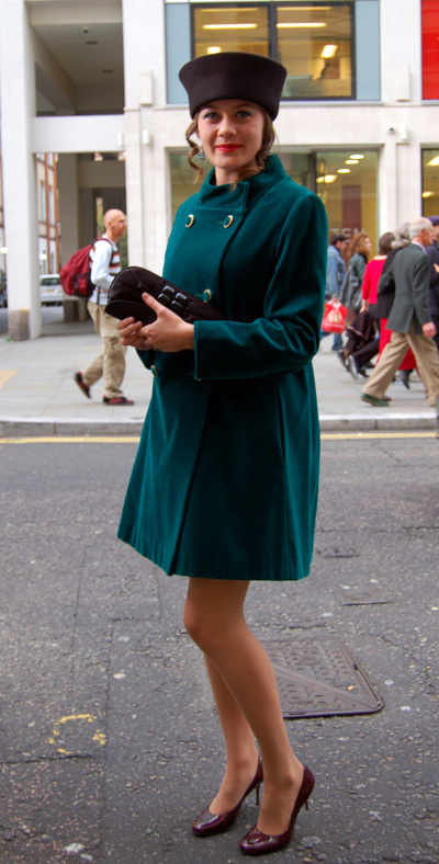 Covent Garden, LDN   Street Style   Scoop.it