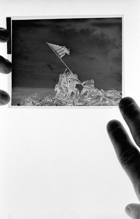 Celebrating the Negative :  Joe Rosenthal by John Loengard   BremWeb: Imaging Stuff   Scoop.it