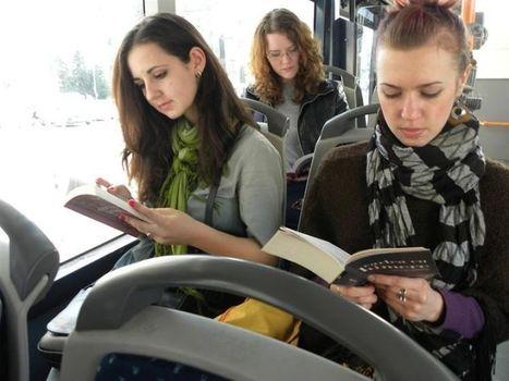 Les transports en commun sont gratuits pour tous ceux qui lisent un bouquin à bord ! | Arobase - Le Système Ecriture | Scoop.it