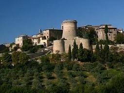 Sorprendente Gualdo Cattaneo: passeggiata da sogno tra castelli e giardini di rose | Umbria & Italy | Scoop.it