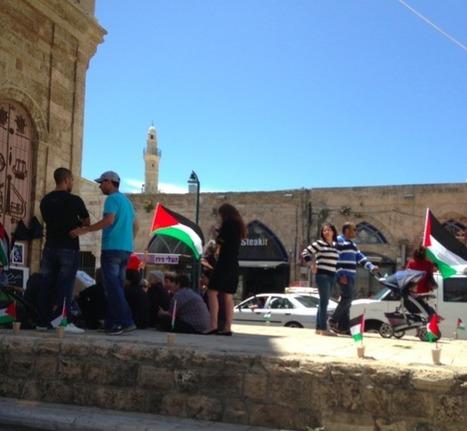 #partielle #8è Vidéo: Jonathan-Simon Sellem manifeste seul contre la Nakba devant 60 pro-palestiniens, à Yafo ! | JSS News | Français à l'étranger : des élus, un ministère | Scoop.it