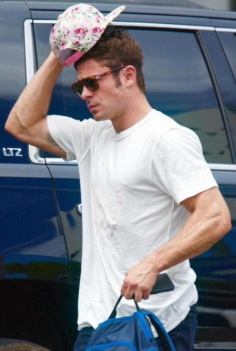 Zac Efron bello e sexy anche con la maglietta al contrario!   Il tatuaggio di stoffa   Scoop.it
