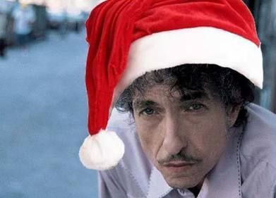 """Bob Dylan Reads """"'Twas the Night Before Christmas"""" On His Holiday Radio Show (2006) 
