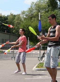 Montchanin Une belle démonstration de jonglage - Le JSL | Jonglerie | Scoop.it