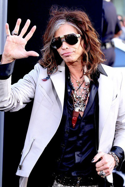 Steven Tyler Says He Only Did 'American Idol' For The Money | Morning Show prep | Scoop.it