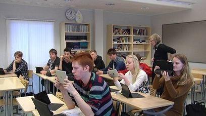 Fiksut lukiolaisnuoret auttavat opettajia digimaailmaan | Rehtorielämää | Scoop.it