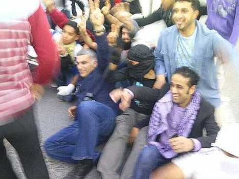 Nabeel Rajab at sit-in at AlKhawaja roundabout! | Human Rights and the Will to be free | Scoop.it