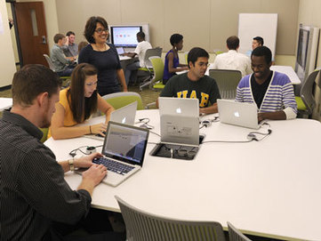 College of Arts & Sciences promotes hands-on learning of digital literacy with ... - UAB News | Los Storytellers | Scoop.it