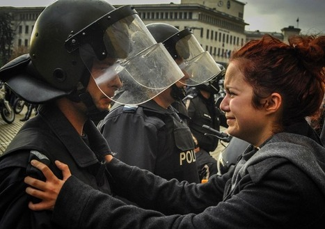 Poignant Moments of Protest | Policing Around the Globe | Scoop.it