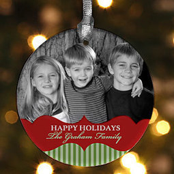 Classic Holiday Personalized Photo Ornament - Christmas Gifts | Christmas Gifts For Every Occasion | Scoop.it