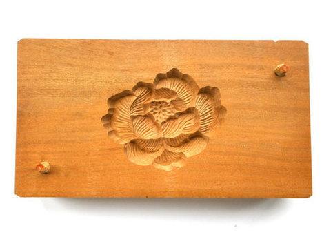 Vintage Japanese Kashigata Mold Peony Flower   Etsy Today   Scoop.it