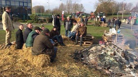 Les agriculteurs poursuivent le blocage de plateformes de distribution - France 3 Nord Pas-de-Calais | Le Fil @gricole | Scoop.it