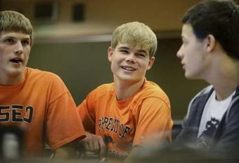 Osseo high-schooler battles taunts with tweets - TwinCities.com | social media in schools | Scoop.it