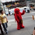 VIDEO: Jew-Hating Elmo Kicked Out of Central Park Zoo | The Billy Pulpit | Scoop.it